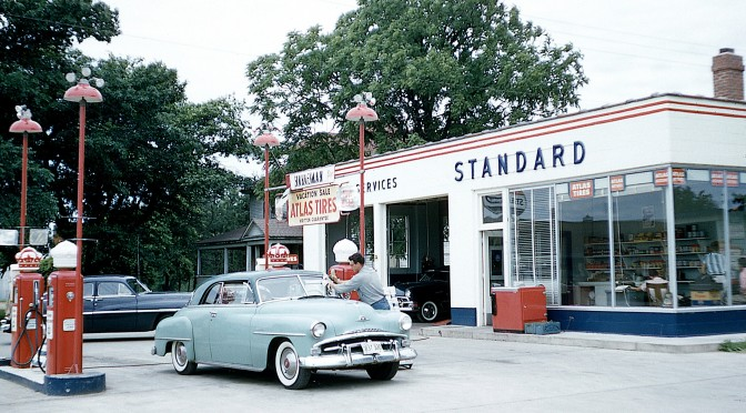 1951 Photos Show Hanneman's Standard Station at Mauston