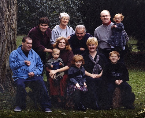 We all gathered for a portrait at Nicholson's in 2000.