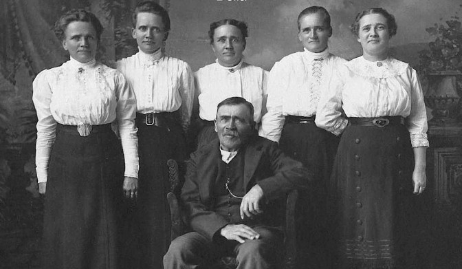 From the Mulde to Milwaukee: Krosch Family Journey to America