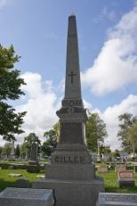 The Gillen Family monument in Racine, Wis.