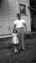 Donn G. Hanneman towers over his little sister, Lavonne Marie, circa 1941.