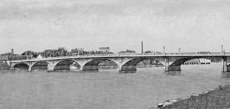This 1940 postcard shows the Grand Avenue Bridge in Wisconsin Rapids, Wis.