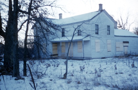 The boarded-up house of Plainfield handyman Ed Gein, who robbed nearby graves and made macabre souvenirs from the stolen remains.