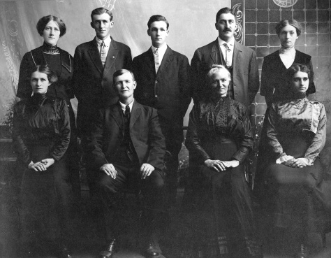 William Gaulke and Augusta (Kruger) Gaulke and family. Rear, left to right: Ella (Wagner), William Jr., John, Henry, Minnie (Panter). Front, left to right: Mary (Eberhardt), William Gaulke Sr., Augusta (Kruger) Gaulke, Laura (Turbin). Photo courtesy of Sue Alft