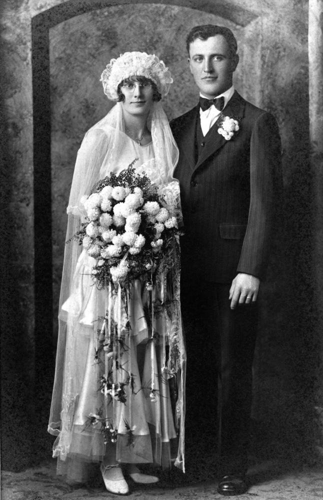 Wedding Wednesday: Esther M. Albrecht and Emil R. Gottschalk (1/2)