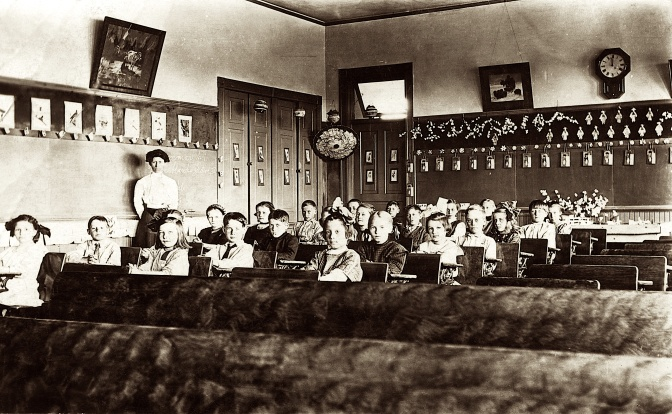 Eye on the Past: Third Grade in 1910