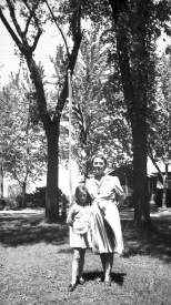 Ruby Hanneman and young daughter Lavonne at home in Mauston in the mid-1940s.
