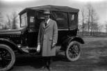 Carl F. Hanneman next to his Model T in 1925. Read the original story: http://wp.me/p4FxQb-Ks
