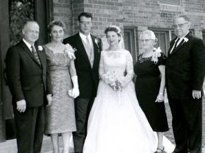 Carl and Ruby Hanneman, David Hanneman, Mary (Mulqueen) Hanneman, Margaret Mulqueen and Earl J. Mulqueen Sr.