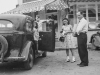 Bayfield trip, circa 1940: Lavonne Hanneman, David Hanneman, unidentified girl, and Carl F. Hanneman.