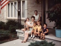 Grandma Ruby V. Hanneman in back; In front are Laura Mulqueen, Amy Hanneman, Mary K. Hanneman, David C. Hanneman, Joe Hanneman and Marghi Hanneman.